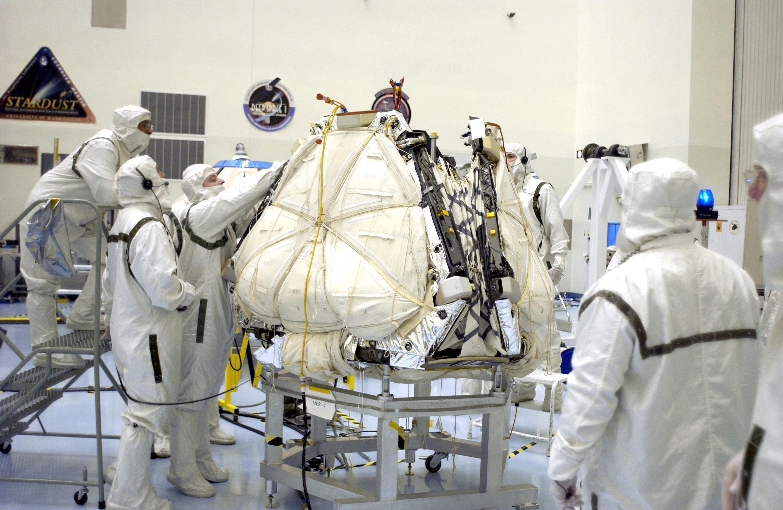 mars rover landing airbags - photo #18